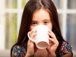 खाने के बाद चाय-कॉफी न पिएं