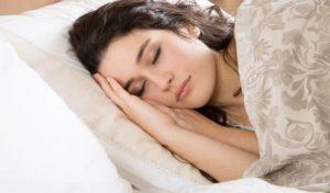 खाने के तुरंत बाद न सोएं